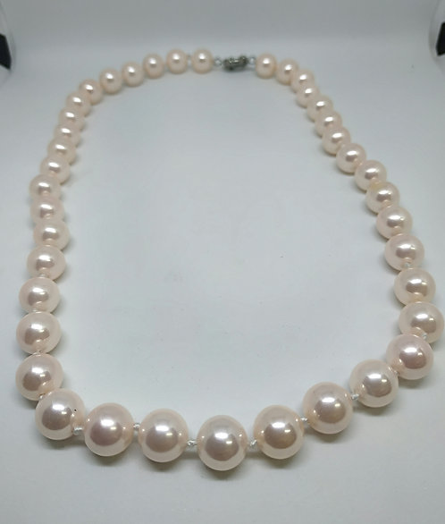 Pink shell pearls necklace