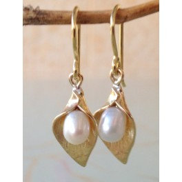 Bells Pearls Earrings