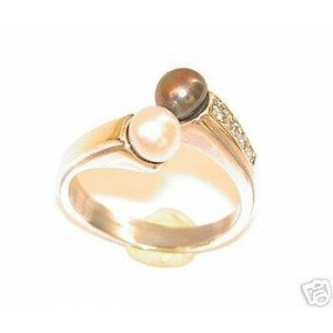 Silver ring with Pearls and Zircon