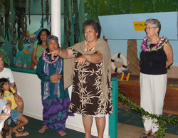 Kahu Puna Dawson offers blessing