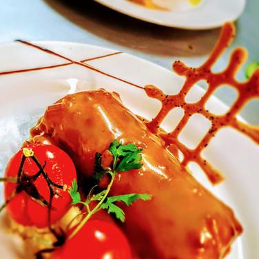 Cannelloni au confit de canard, sauce madere