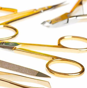 ciseaux or outils ongles