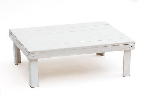 שולחן עץ נמוך לבן