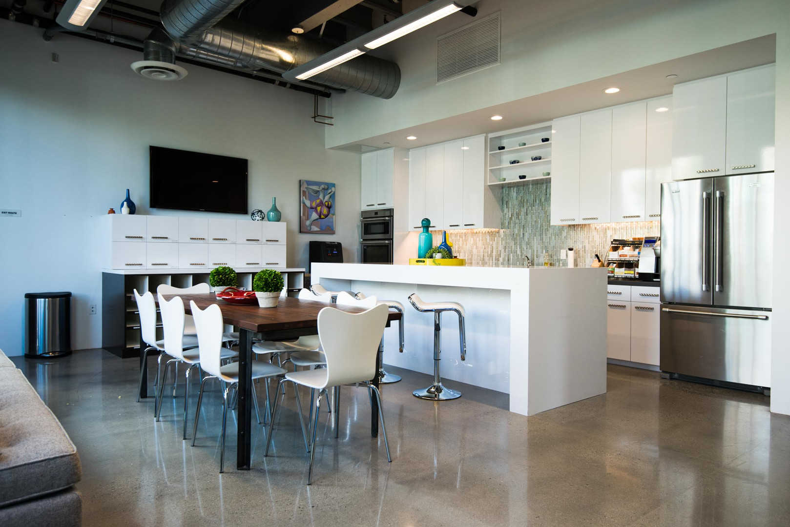 Casco Irvine Orange County breakroom