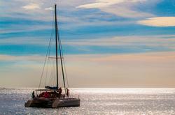 Catamaran @ Sunset - Nica SnS