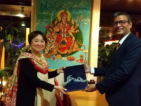 インド大使館所長とお話をする機会をいただきました