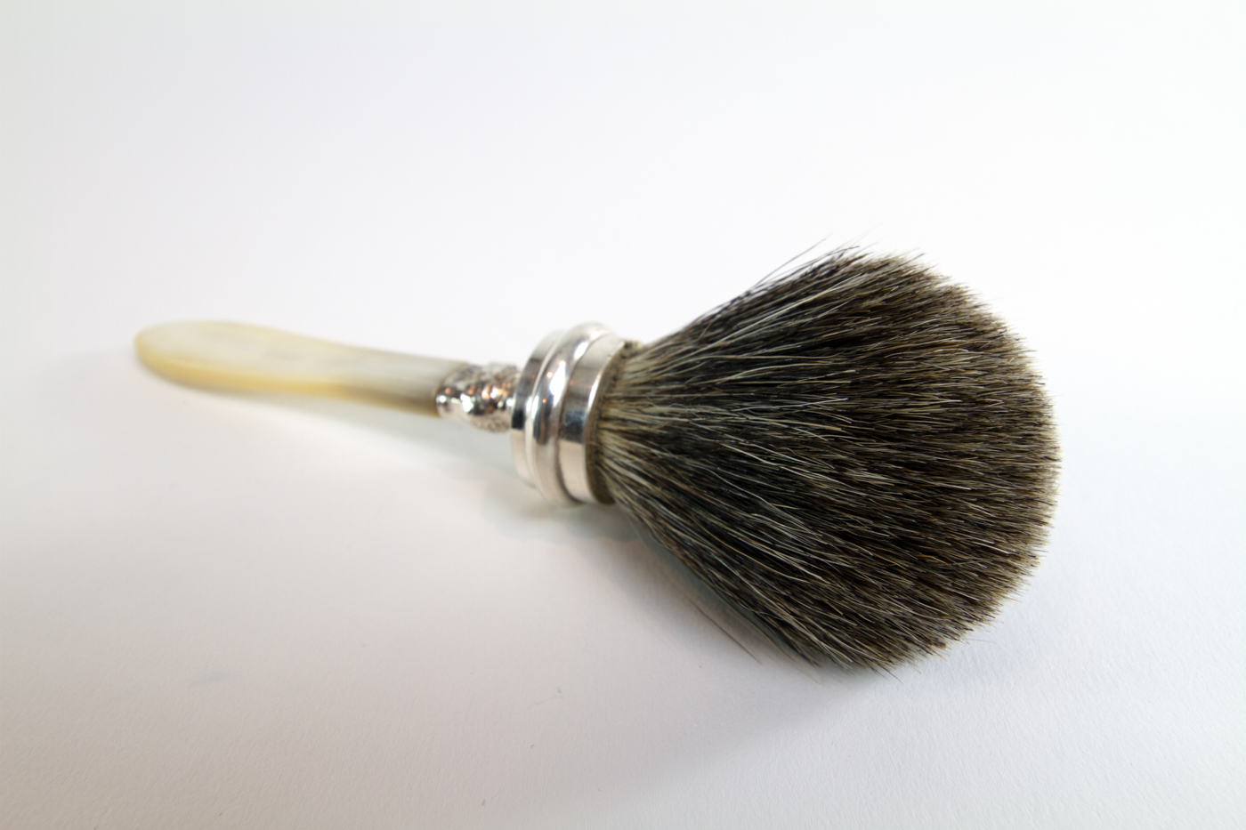 Mother of Pearl Brush