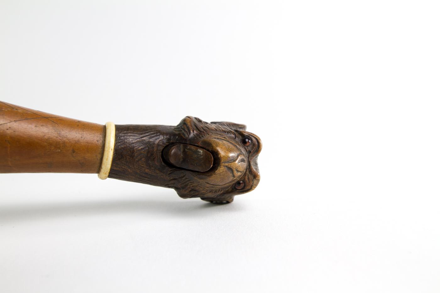 Monkey Head Magnifying Glass