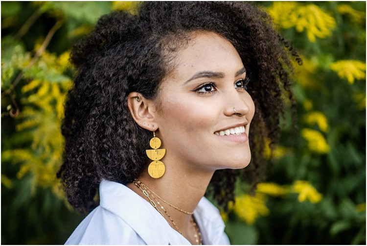 yellow-cork-earring-at-ethical-fashion-styled-shoot-by-milwaukee-wedding-photographer-kyra-rane-photography
