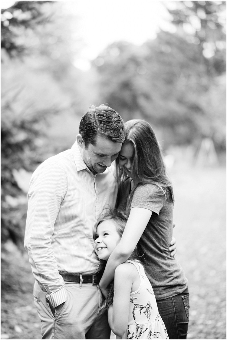 family-holding-each-other-close-at-fall-mini-session-favorites-by-green-bay-wedding-photographer-kyra-rane-photography