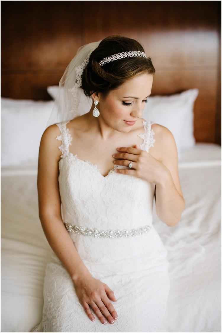 bridal-portrait-at-best-western-premier-waterfront-hotel-wedding-by-appleton-wedding-photographer-kyra-rane-photography