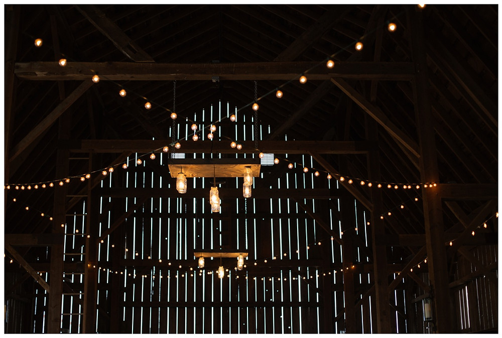 barn-lights-and-decor-at-brighton-acres-wedding-by-appleton-wedding-photographer-kyra-rane-photography