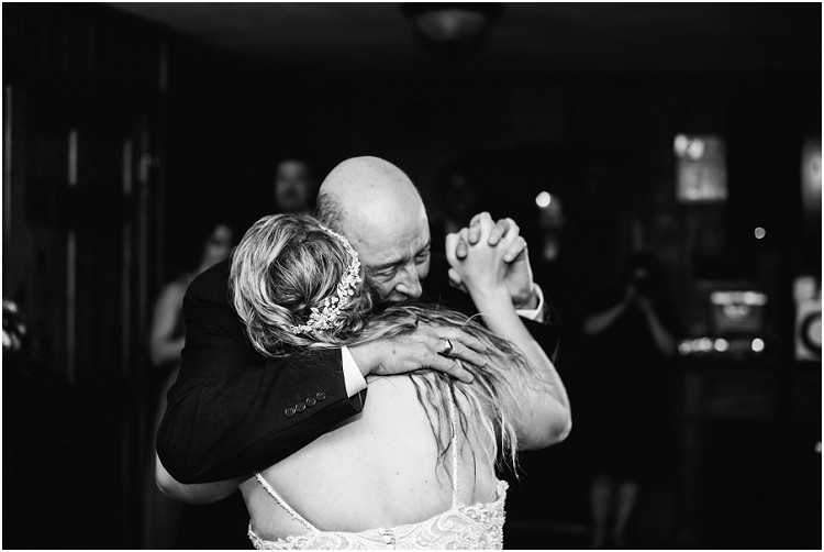 father-daughter-dance-at-northern-wisconsin-autumn-wedding-by-appleton-wedding-photographer-kyra-rane-photography