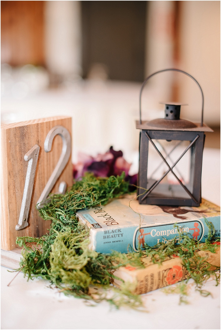 reception-tablescape-at-barnsite-retreat-and-events-wedding-by-green-bay-wedding-photographer-kyra-rane-photography