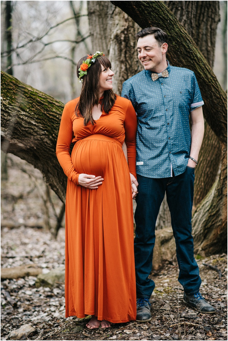 couple-expecting-smiling-at-each-other-at-menasha-maternity-session-by-appleton-wedding-photographer-kyra-rane-photography
