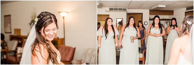 bride-in-wedding-dress-with-bridesmaids-at-de-pere-wisconsin-wedding-by-green-bay-wedding-photographer-kyra-rane-photography