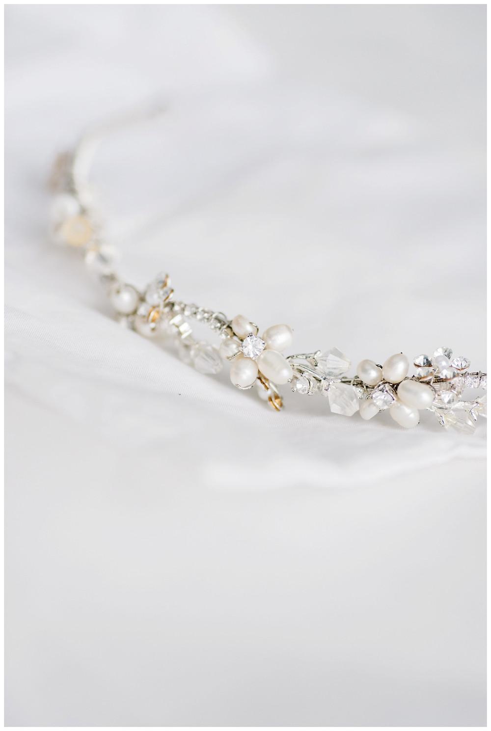 wedding-tiara-details-at-milwaukee-wedding-by-green-bay-wedding-photographer-kyra-rane-photographer
