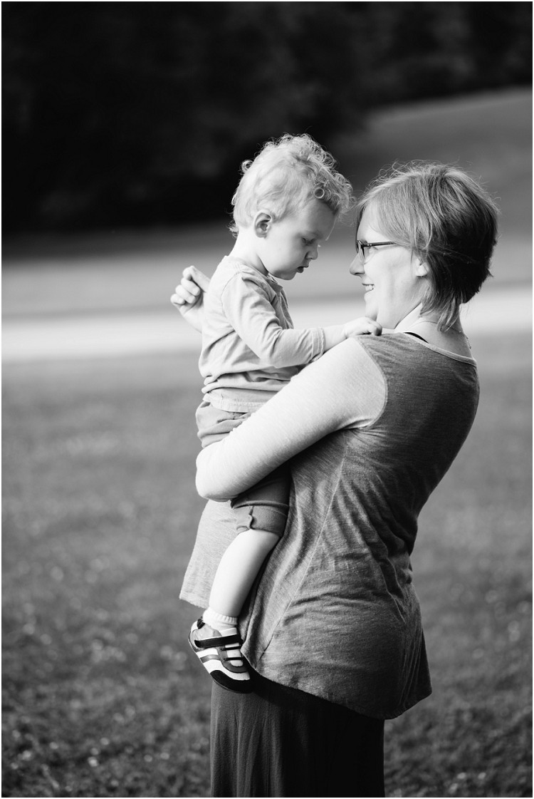 mother-holding-son-at-plamann-park-session-by-green-bay-wedding-photography-kyra-rane-photography