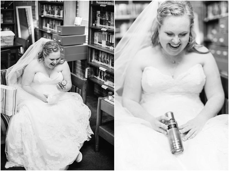bride-opening-gift-from-groom-at-minnesota-wedding-by-appleton-wedding-photographer-kyra-rane-photography