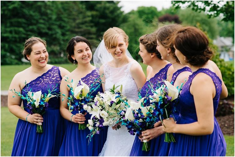 bride-with-bridesmaids-at-olde-41-wedding-by-green-bay-wedding-photographer-kyra-rane-photography