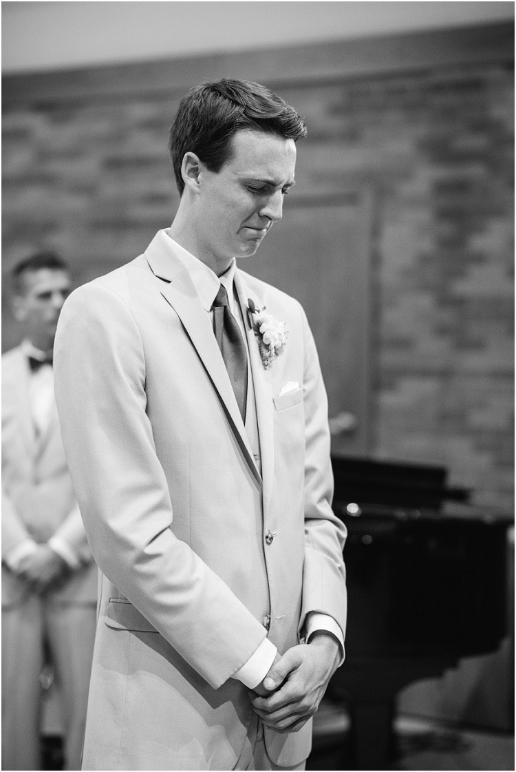grooms-first-look-of-bride-crying-at-minnesota-wedding-by-appleton-wedding-photographer-kyra-rane-photography