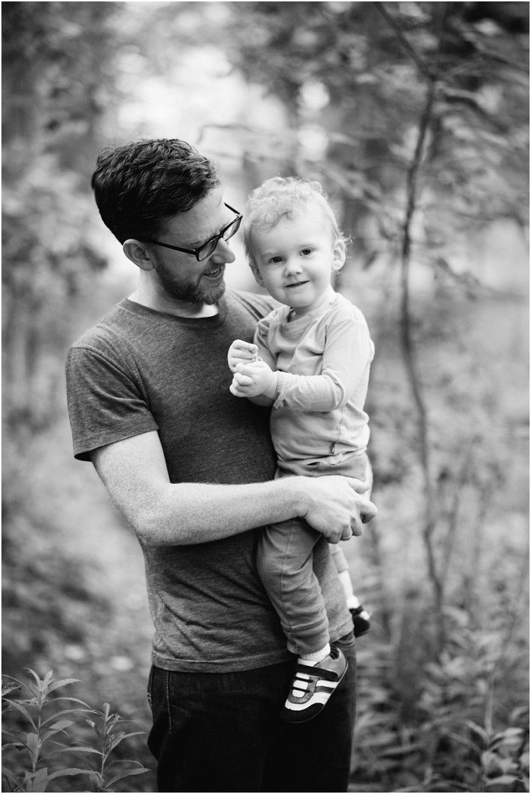 father-holding-son-at-plamann-park-session-by-appleton-wedding-photography-kyra-rane-photography