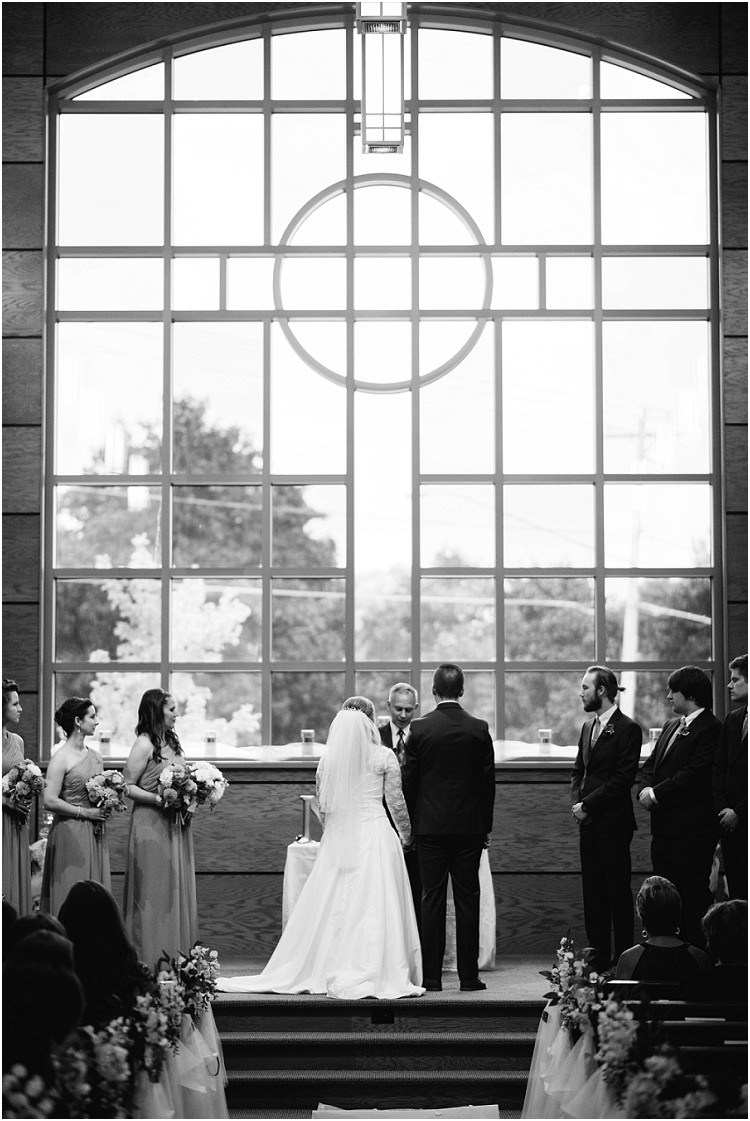 bride-and-groom-getting-married-at-pamperin-park-wedding-by-appleton-wedding-photographer-kyra-rane-photography