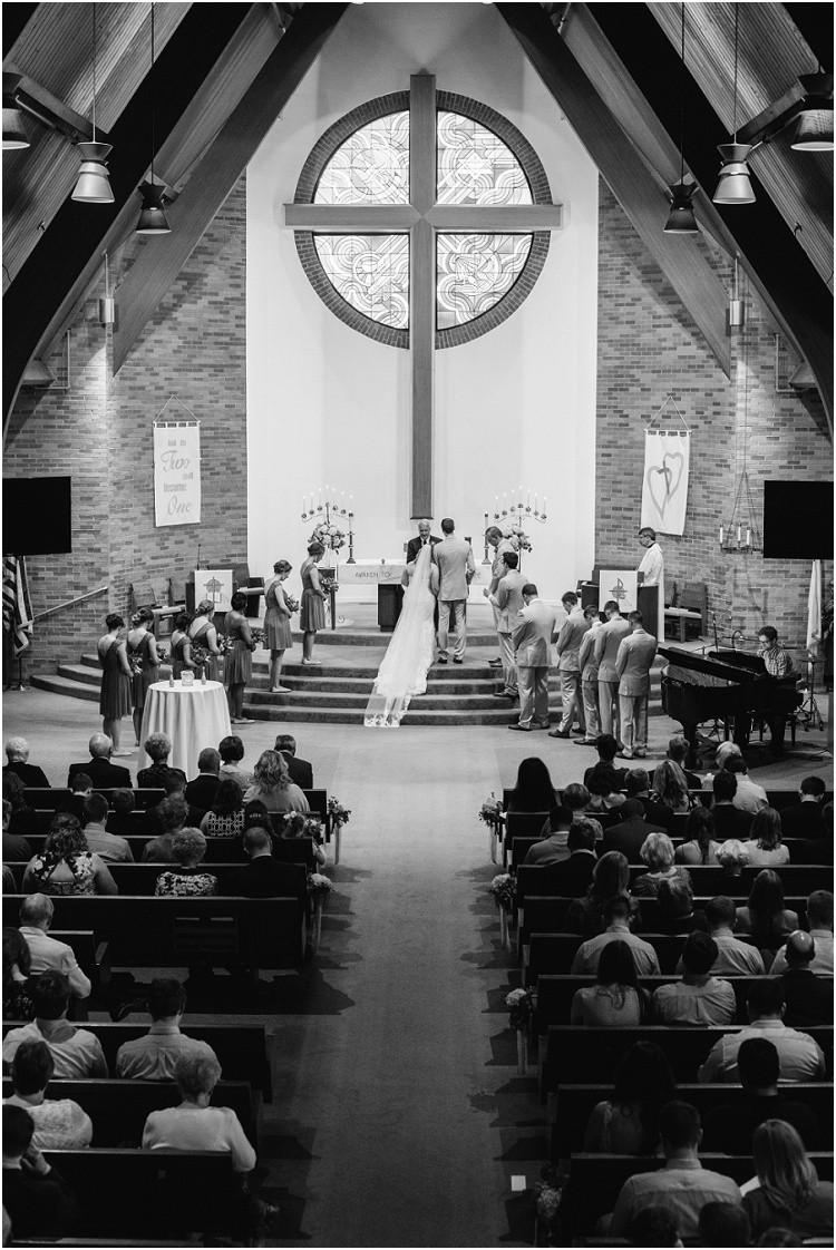 wedding-couple-in-church-getting-married-at-minnesota-wedding-by-appleton-wedding-photographer-kyra-rane-photography
