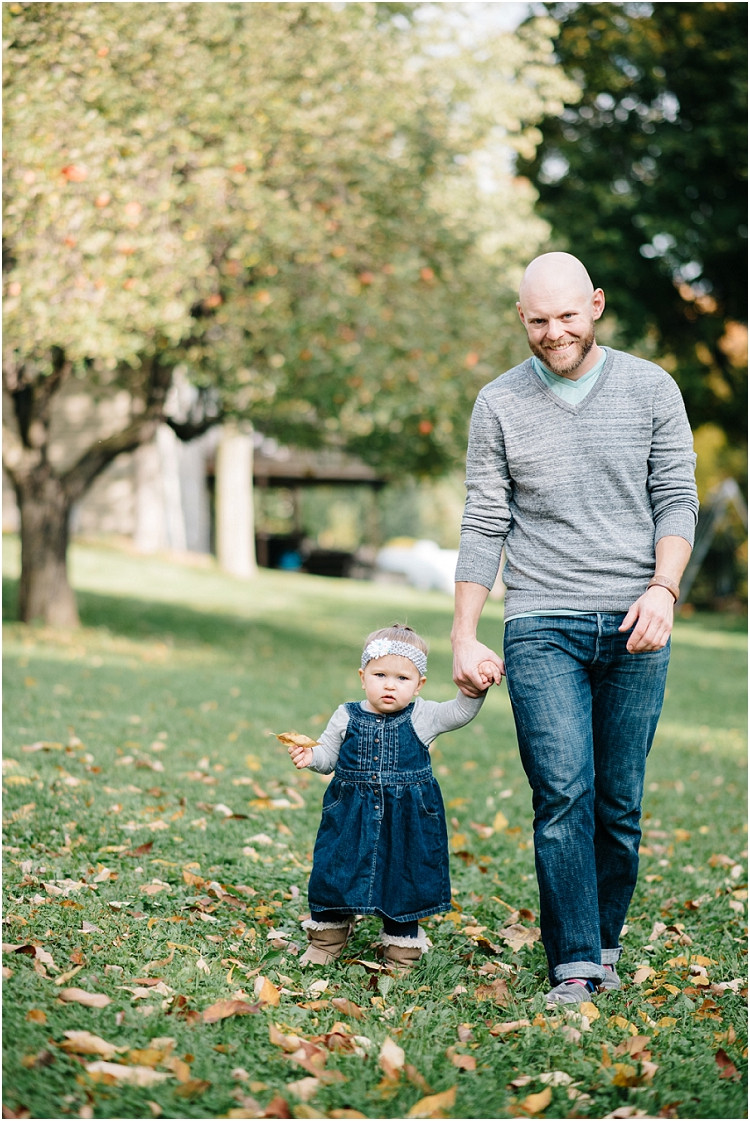 father-daughter-walking-towards-camera-at-fall-mini-session-favorites-by-green-bay-wedding-photographer-kyra-rane-photography