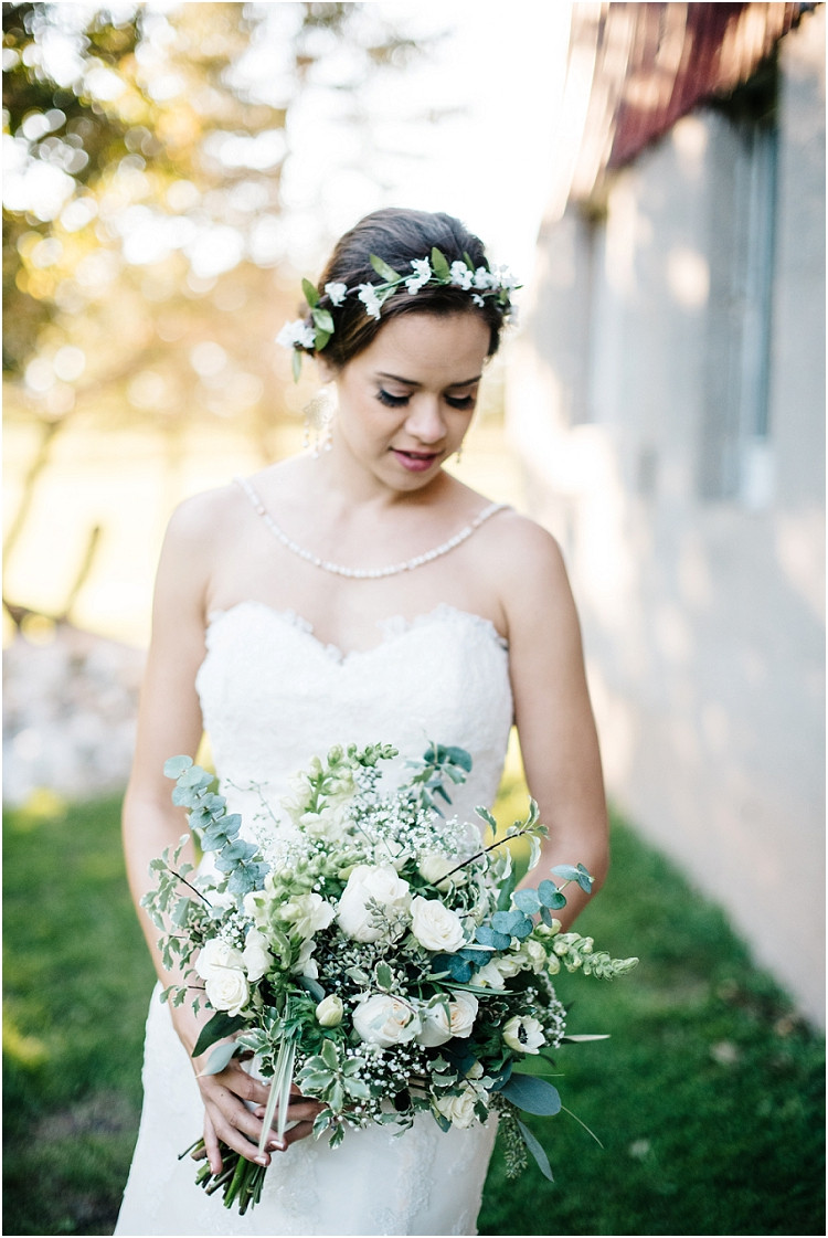 bride-with-bridal-bouquet-at-barnsite-retreat-and-events-wedding-by-milwaukee-wedding-photographer-kyra-rane-photography