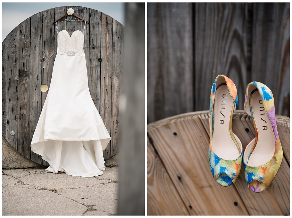 wedding-heels-at-brighton-acres-wedding-by-green-bay-wedding-photographer-kyra-rane-photography
