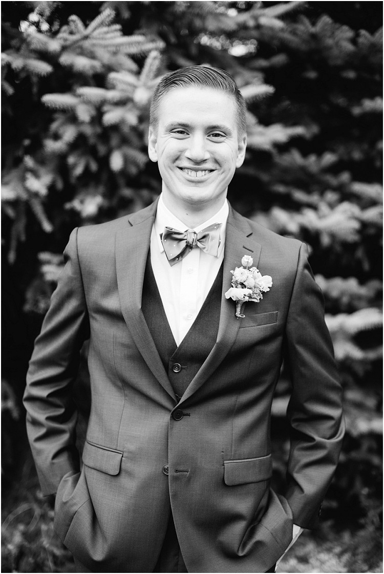 groom-portrait-in-bow-tie-at-pamperin-park-wedding-by-green-bay-wedding-photographer-kyra-rane-photography