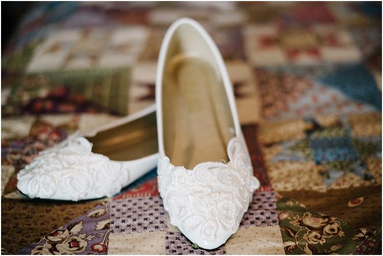 wedding-flats-at-wisconsin-farm-wedding-by-green-bay-wedding-photographer-kyra-rane-photography