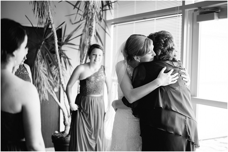 bride-with-mother-at-olde-41-wedding-by-milwaukee-wedding-photographer-kyra-rane-photography
