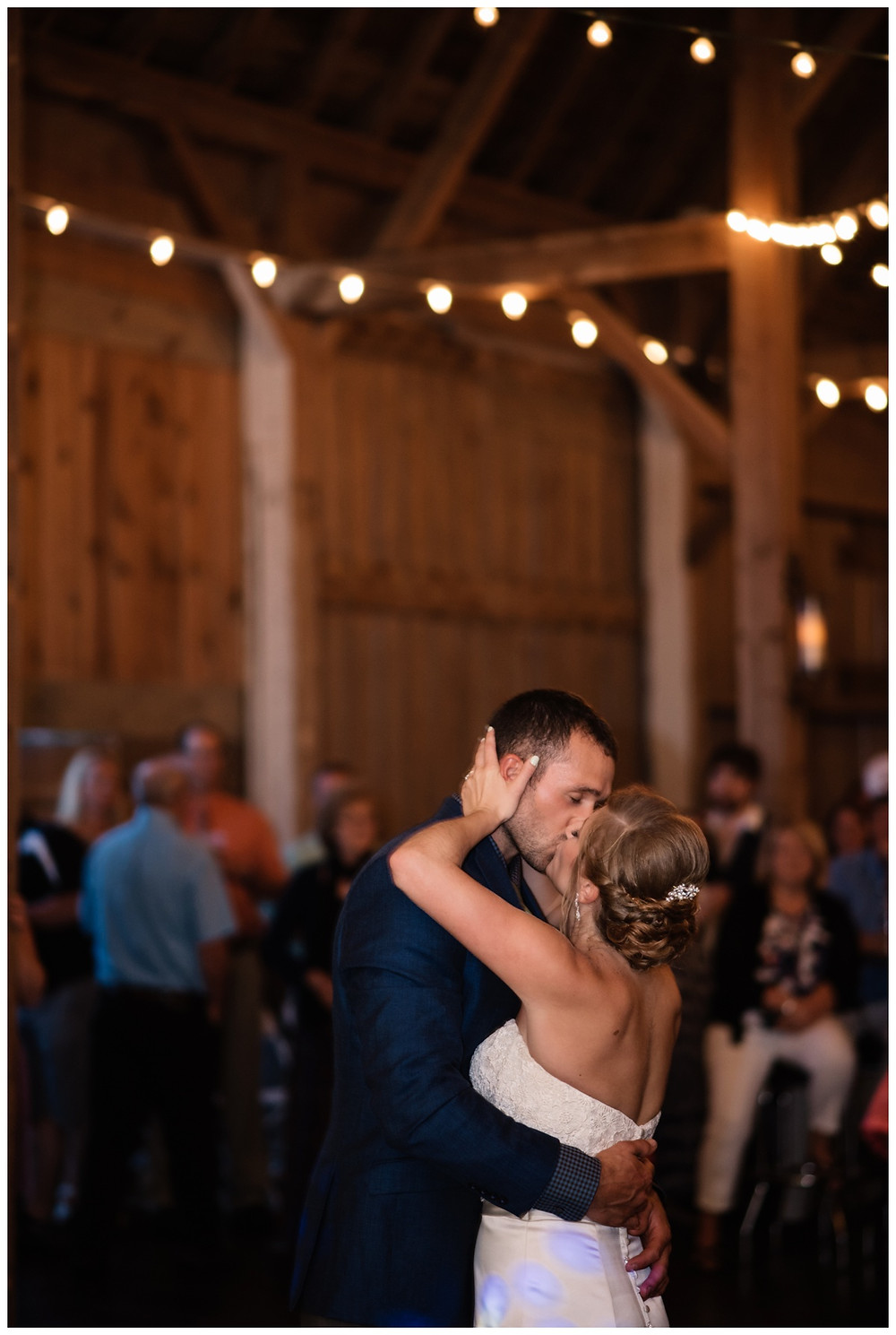 first-dance-at-brighton-acres-wedding-by-green-bay-wedding-photographer-kyra-rane-photography