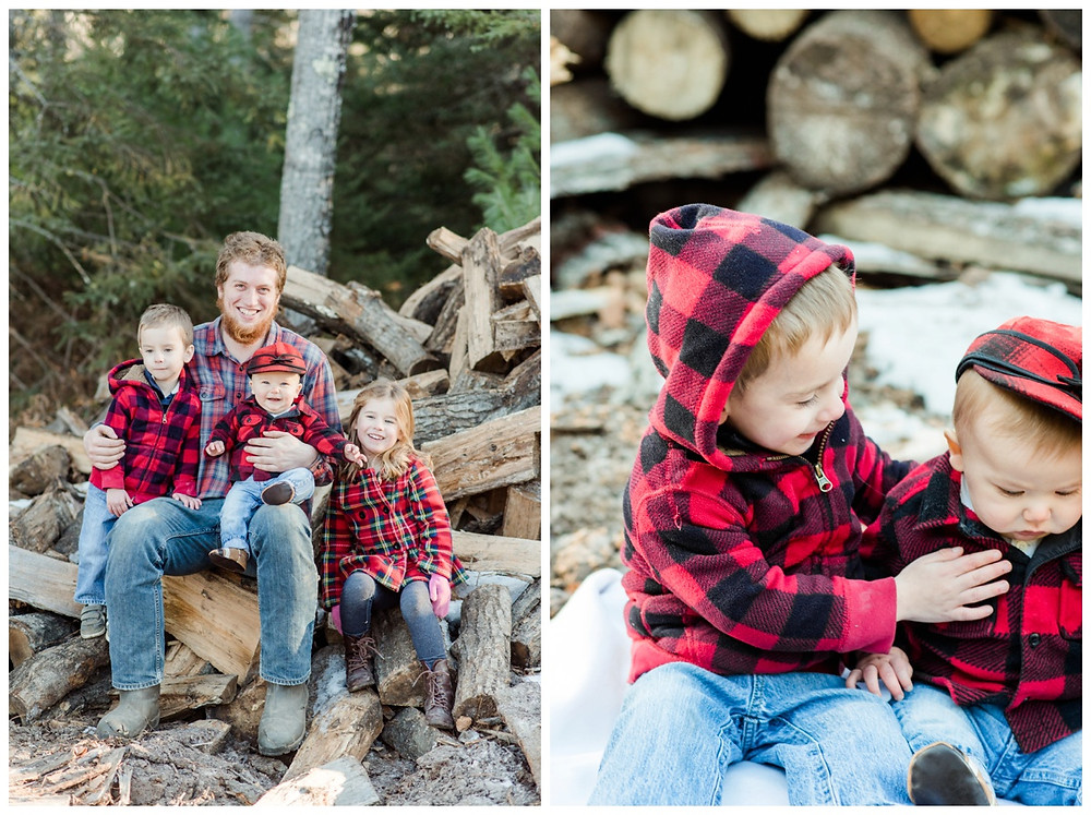 uncle-sitting-with-nephews-and-niece-at-northwoods-lifestyle-session-by-green-bay-wedding-photographer-kyra-rane-photography