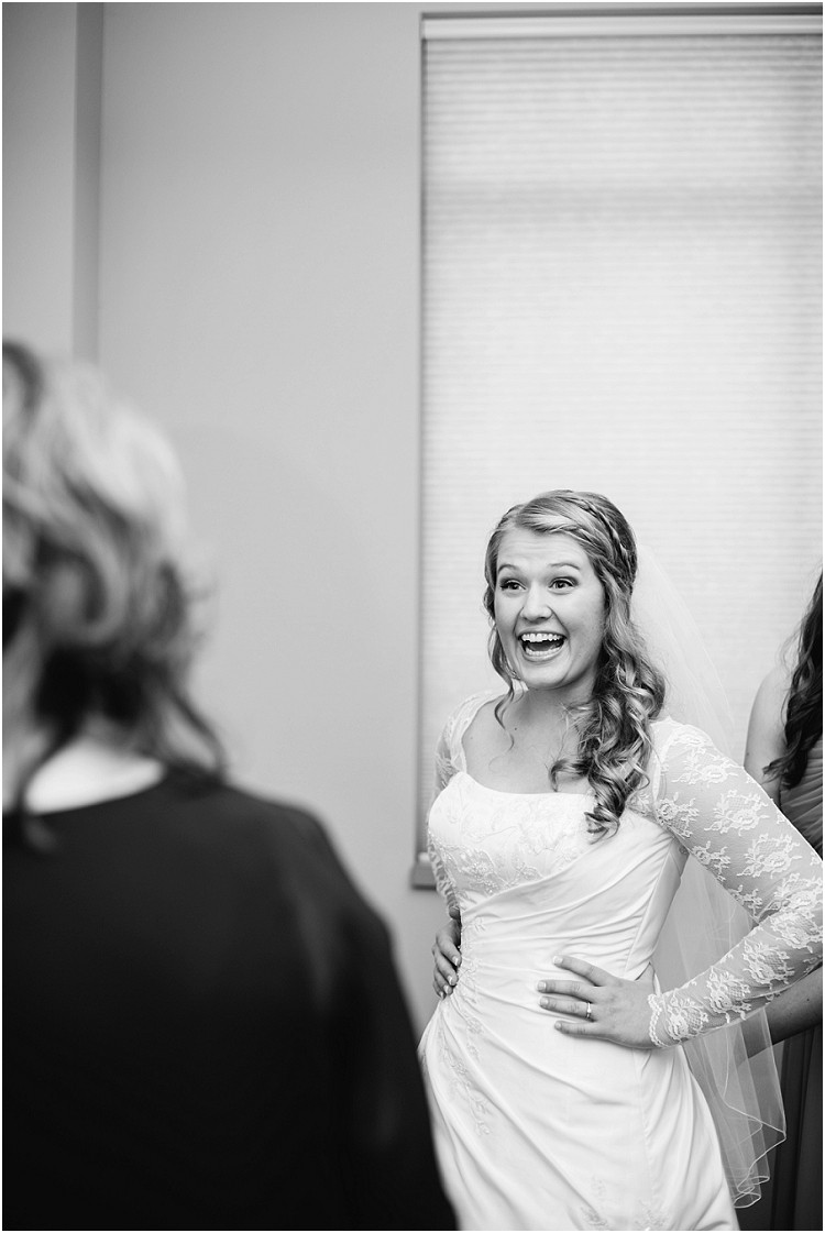mother-seeing-bride-in-wedding-dress-at-pamperin-park-wedding-by-appleton-wedding-photographer-kyra-rane-photography