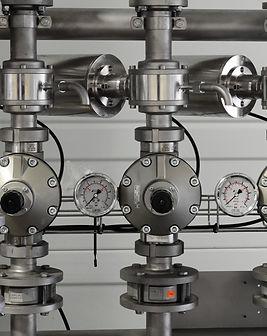 metal-pipes-plumbing-372796.jpg