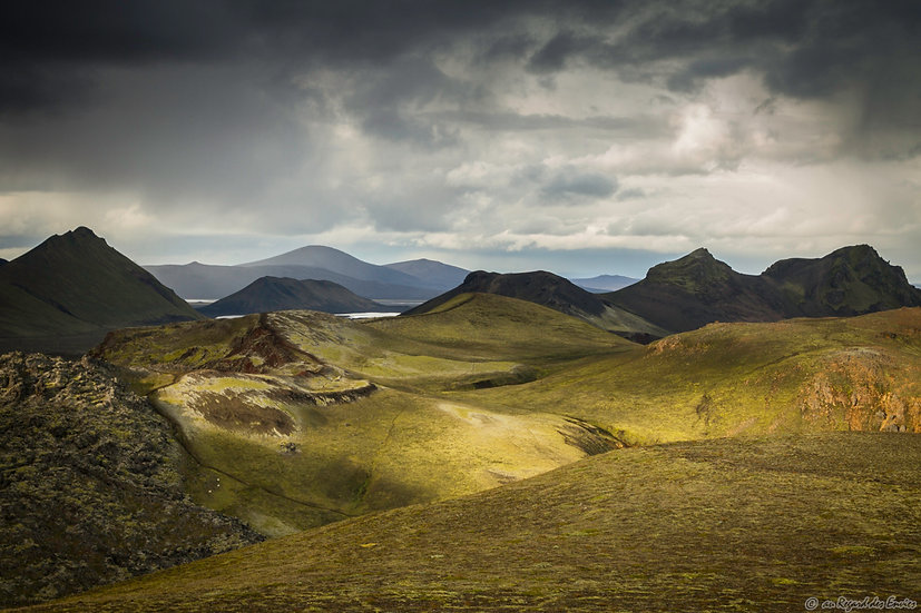 Islande - En terre du milieu