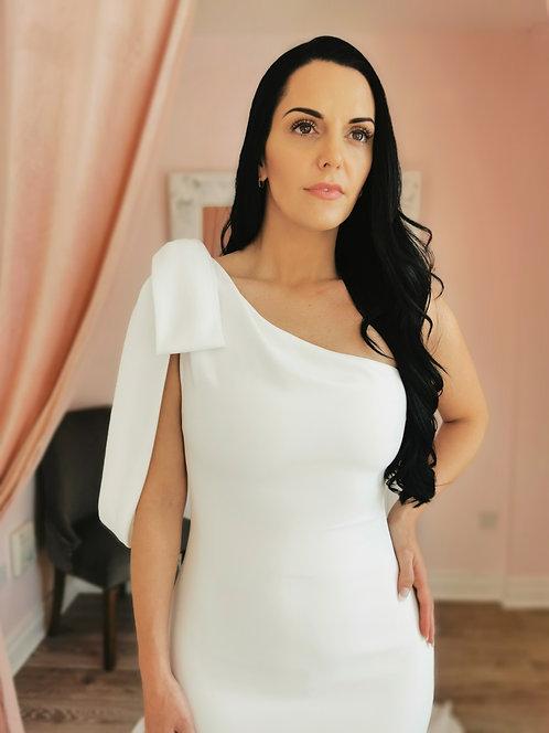 Enzoani 19-06 Gown Size 12