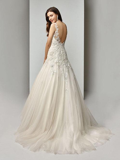 Enzoani Beautiful 19-23 Gown Size 16