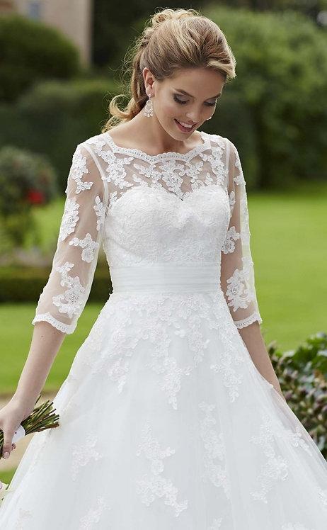 Tiffanys Ida Gown Size 8