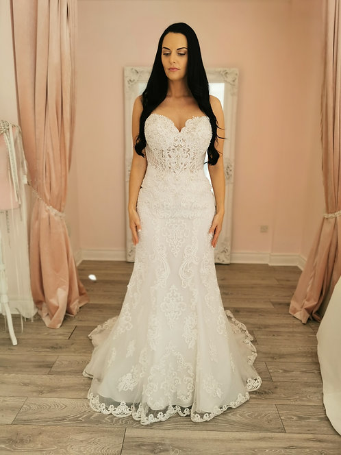 Stella York 6589 Sample Sale Gown Size 12