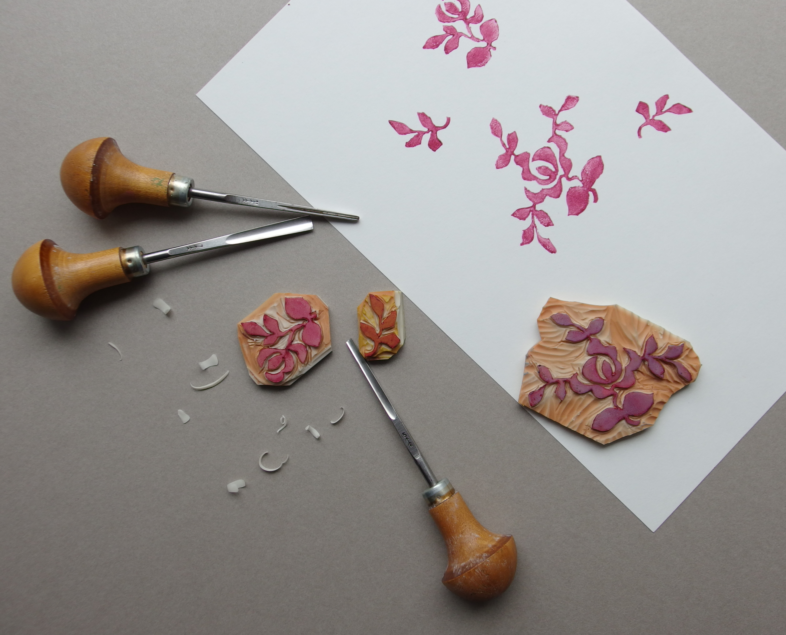 Silver Leaf Vanity Lino Blocks