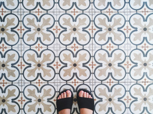 CHOOSING YOUR FLOOR AND WALL TILES