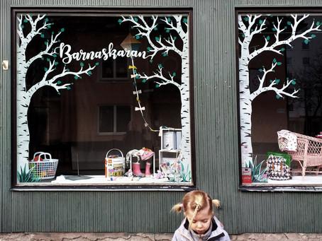 Fönstermålning åt butik