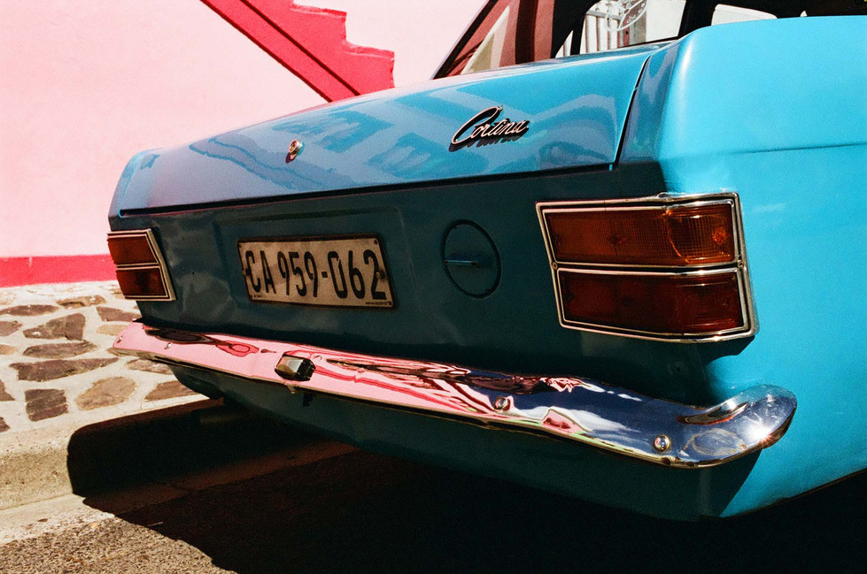 0022_18A_car_trunk_blue_and_pink_1_2048px.jpg