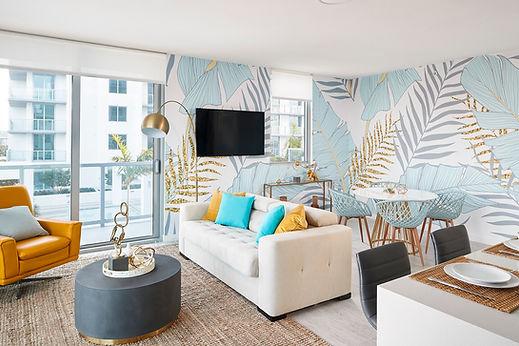 717 Living Room (3).jpg