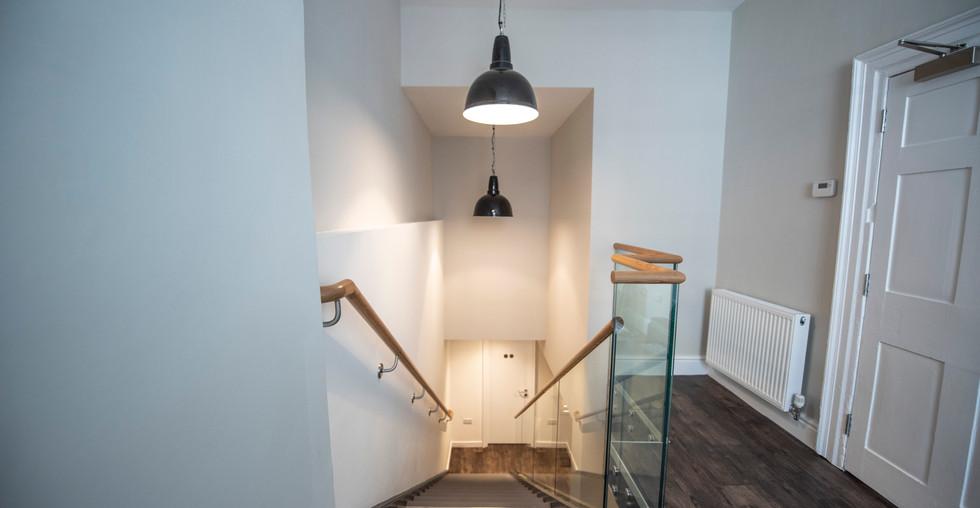 Entrance & Stairs 0006.JPG