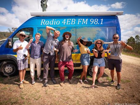 """Nuevos contenidos: hazte """"Subscriber"""" de Radio 4EB (Latinoamericana) de Brisbane. X $30 al año."""